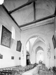 Eglise de Puy-Ferrand - Nef, vue depuis l'entrée