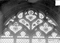 Eglise Saint-Martin - Vitrail, fragments