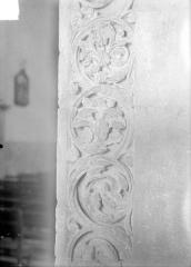 Eglise Notre-Dame - Pilastre, rinceaux