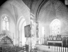 Eglise Saint-Georges, anciennement Saint-Janvier - Vue intérieure du transept nord et du choeur