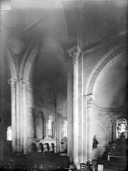 Eglise Saint-Jacques-et-Saint-Cyr - Vue intérieure de la croisée vers le nord-est