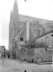 Cathédrale Saint-Pierre - Angle nord-est
