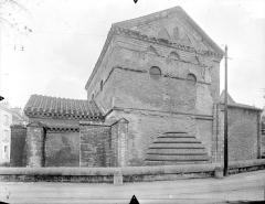 Baptistère Saint-Jean - Façade nord