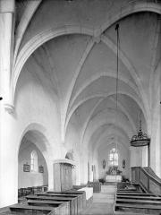 Eglise de Saint-Martin-des-Champs - Vue intérieure de la nef vers le nord-est