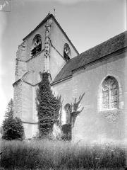 Eglise Saint-Hilaire - Façade sud : Clocher