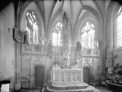 Eglise Saint-Hilaire - Vue intérieure du choeur