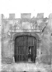 Ancien doyenné Saint-Hilaire - Portail d'entrée sur rue