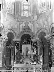 Eglise Sainte-Radegonde - Vue intérieure du choeur
