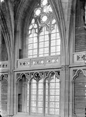 Cathédrale Saint-Cyr et Sainte-Julitte - Vue intérieure du choeur, côté nord : Fenêtre haute