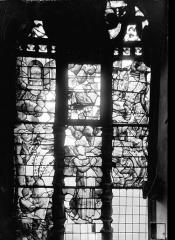 Cathédrale Saint-Vincent - Vitrail de la sacristie : La Vision de saint Jean