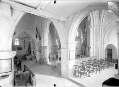 Eglise Saint-Pierre-Saint-Paul - Vue intérieure du transept, vers le nord-est