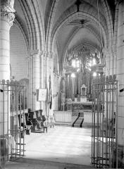 Eglise Saint-Pierre-Saint-Paul - Vue intérieure du choeur