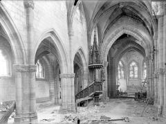 Eglise Saint-Martin - Vue intérieure de la nef et du bas-côté nord, vers le nord-est