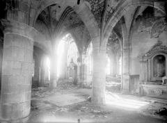 Eglise - Vue intérieure de la croisée du transept, vers le nord-est