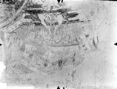 Eglise Notre-Dame - Crypte Saint-Catherine - Peintures murales du choeur (partie sud de l'abside, registre inférieur) : Anges introduisant des âmes au Paradis