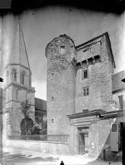 Ancien Hôtel-Dieu - Clocher de la chapelle Saint-Laurent et donjon