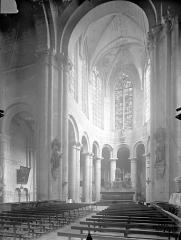 Eglise Saint-Jean de Montierneuf - Vue intérieure du choeur