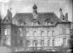 Hôtel de ville - Façade sur le jardin