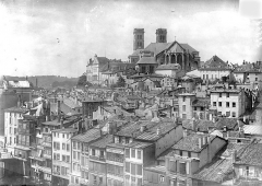 Cathédrale Notre-Dame - Vue générale prise de l'est