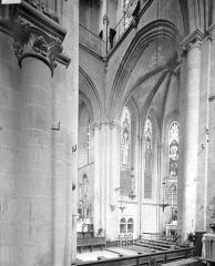 Eglise Notre-Dame - Vue intérieure de la croisée vers le nord-est