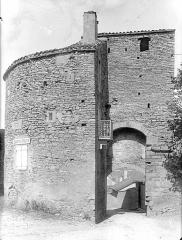 Fortifications (restes) - Porte Sainte-Odile