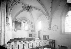Prieuré Saint-Mayeul (restes de l'ancien) - Chapelle : Vue intérieure vers l'est