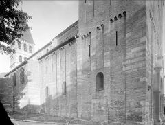 Ancienne abbaye Saint-Philibert - Eglise - Façade nord : Raccord du narthex et de la nef