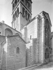 Ancienne abbaye Saint-Philibert - Eglise - Façade nord : Transept et clocher, côté nord-est