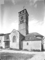 Eglise Saint-Pierre - Façade sud : Transept, clocher et abside