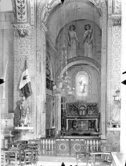 Eglise Saint-Gervais Saint-Protais - Vue intérieure du choeur