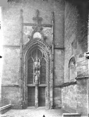 Ancienne abbaye Saint-Martin - Eglise - Portail de la façade ouest