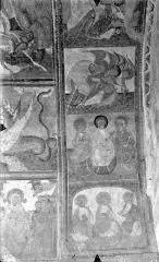 Ancienne église abbatiale - Peinture murale du porche (scènes de l'Apocalypse) - Voûte est, côté gauche : Anges adorateurs. Apôtres du Jugement dernier