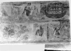 Ancienne église abbatiale - Peinture murale de la nef - Voûte, côté nord : Dieu parle à Noé, l'Arche de Noé (registre supérieur). Le char de Pharaon englouti par la Mer Rouge, l'Ange et la colonne de feu, Moïse conduit le peuple hébreu (registre inférieur)