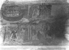 Ancienne église abbatiale - Peinture murale de la nef - Voûte, côté nord : L'Arche de Noé, Dieu bénit la famille de Noé (registre supérieur). Moïse conduit le peuple hébreu, Dieu remet à Moïse les tables de la Loi (registre inférieur)