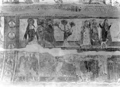 Ancienne église abbatiale - Peinture murale de la nef - Voûte, côté sud : Dieu bénit Abraham, Abraham se sépare de Lot (registre supérieur). Joseph vendu à Putiphar, Joseph vendu par ses frères (registre inférieur)