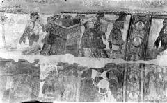 Ancienne église abbatiale - Peinture murale de la nef - Voûte, côté sud : La Tour de Babel (registre supérieur). Joseph et la femme de Putiphar (registre inférieur)