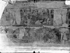 Ancienne église abbatiale - Peinture murale de la nef - Voûte, côté sud : L'Ivresse de Noé (registre supérieur). Triomphe de Joseph, Pharaon passe son anneau au doigt de Joseph (registre inférieur)