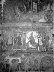 Ancienne église abbatiale - Peinture murale de la crypte (vie des saints Savin et Cyprien) - Versant nord : Les deux saints prêchant à Amphipolis, la Comparution devant Ladicius (registre supérieur).
