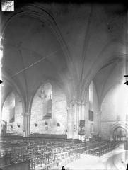 Eglise Saint-Georges - Vue intérieure du transept et de la nef, vers le nord-ouest