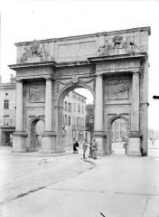 Porte Sainte-Catherine - Vue d'ensemble, du côté de la ville