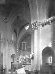 Eglise à l'exception du beffroi et de la nef - Vue intérieure du transept et du choeur, vers le nord-est