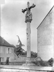 Croix de cimetière - Vue d'ensemble (avers)