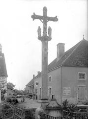 Croix de cimetière - Vue d'ensemble (revers)