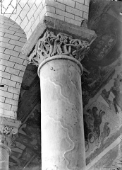Ancienne église abbatiale - Chapiteau de la nef