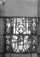 Eglise Saint-Gengoult et son cloître - Vitrail du transept nord, fenêtre B, 2ème lancette à gauche, panneaux au dessus 13, 14