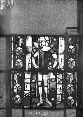 Eglise Saint-Gengoult et son cloître - Vitrail du transept nord, fenêtre B, 4ème lancette, panneaux inférieurs 25, 26