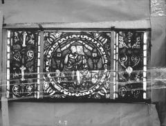 Eglise Saint-Gengoult et son cloître - Vitrail de l'abside, lancette gauche, panneaux supérieurs 7