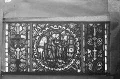 Eglise Saint-Gengoult et son cloître - Vitrail de l'abside, lancette gauche, panneaux supérieurs 11