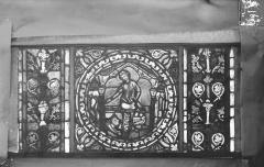 Eglise Saint-Gengoult et son cloître - Vitrail de l'abside, lancette gauche, panneaux supérieurs 13