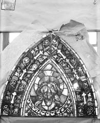 Eglise Saint-Gengoult et son cloître - Vitrail de l'abside, lancette gauche, panneaux supérieurs 15